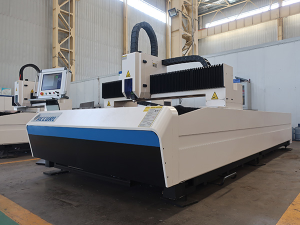 1000W 1500 x 3000mm Metal Sheet Laser Cutting Machinery with IPG fiber laser