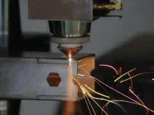 accurl 1000w μηχανή κοπής σωλήνων λέιζερ για σωλήνες κοπής με λέιζερ και προφίλ