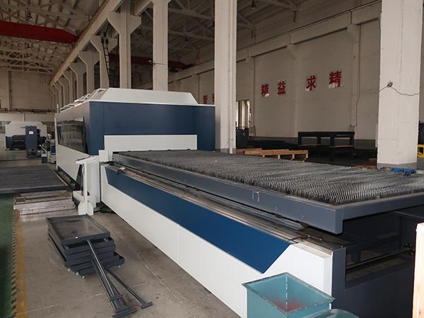 Κίνα υψηλής απόδοσης υψηλής ακρίβειας CNC raycus MAX