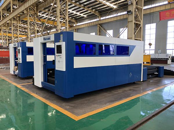 κατασκευασμένο στην Κίνα χρησιμοποιημένο ύφασμα κοπής CNC λέιζερ μηχανή, μικρό ξύλο πεθαίνουν κοπής λέιζερ κομμένα τιμή μηχανήματος
