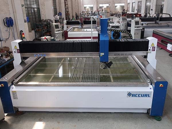 μηχανή κοπής ύδατος για κοπή γυαλιού με πιστοποιήσεις CE TUV ISO9001 που εφαρμόστηκαν εφαρμόζοντας πρότυπο